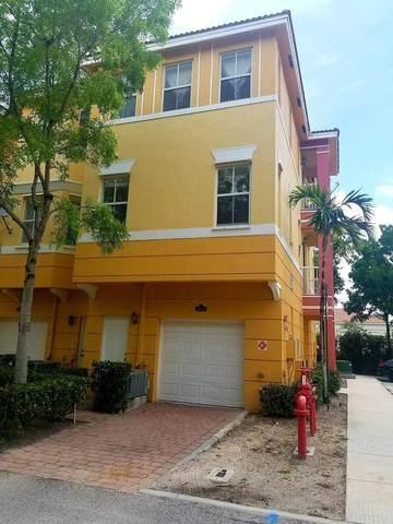2048 Shoma Drive, Royal Palm Beach, FL 33414 (#RX-10665646) :: Manes Realty Group