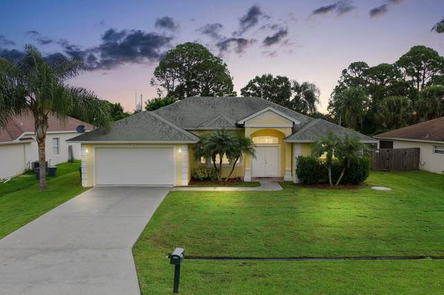 1713 SW Cycle Street, Port Saint Lucie, FL 34953 (#RX-10665880) :: Signature International Real Estate