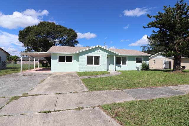 2802 Sheraton Boulevard, Fort Pierce, FL 34946 (#RX-10665909) :: Signature International Real Estate