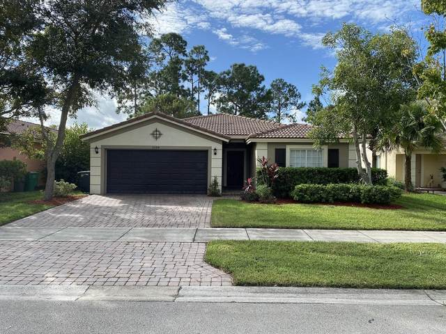 2084 SW Marblehead Way, Port Saint Lucie, FL 34953 (#RX-10665912) :: Signature International Real Estate