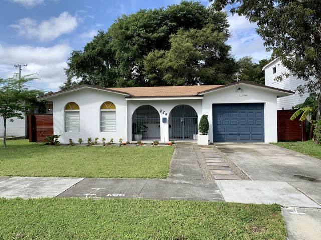 724 NW 14th Court, Miami, FL 33125 (#RX-10665947) :: The Power of 2 Group   Century 21 Tenace Realty