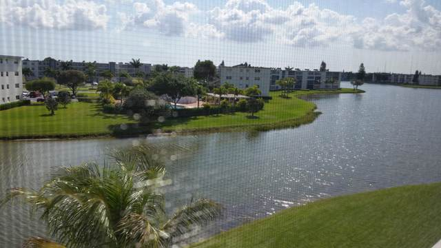 4096 Yarmouth E, Boca Raton, FL 33434 (#RX-10665991) :: The Rizzuto Woodman Team