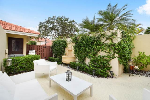 121 Old Meadow Way, Palm Beach Gardens, FL 33418 (#RX-10666009) :: The Rizzuto Woodman Team