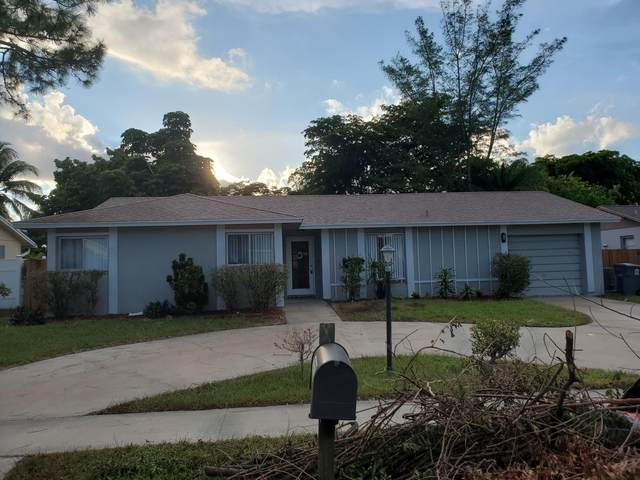 10233 Sleepy Brook Way, Boca Raton, FL 33428 (#RX-10666038) :: Manes Realty Group
