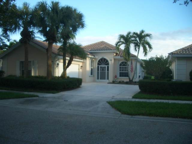 8461 SE Se Palm Hammock Lane, Hobe Sound, FL 33455 (MLS #RX-10666435) :: Castelli Real Estate Services