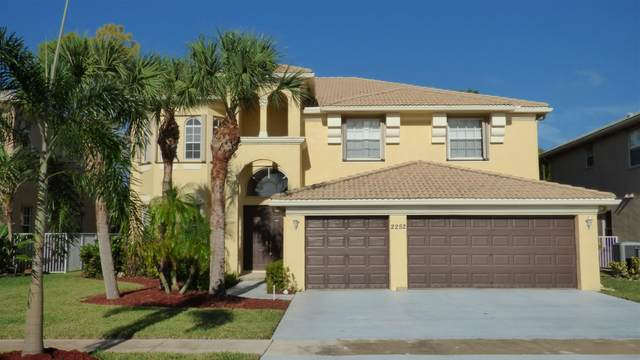 2252 Ridgewood Court, Royal Palm Beach, FL 33411 (MLS #RX-10666506) :: United Realty Group