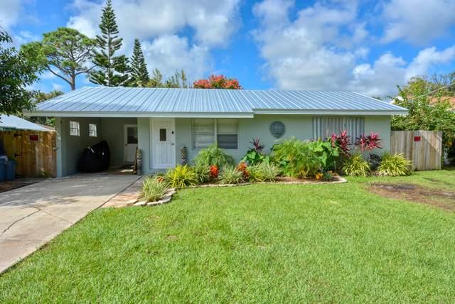 3298 SE Golden Gate Avenue, Stuart, FL 34997 (#RX-10666627) :: Posh Properties