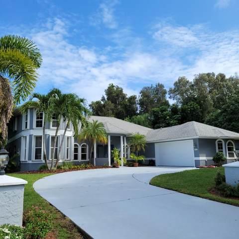 233 NE Treebine Terrace, Jensen Beach, FL 34957 (#RX-10666805) :: Posh Properties