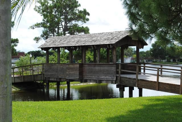 407 Bennington Lane, Lake Worth, FL 33467 (#RX-10666913) :: Posh Properties
