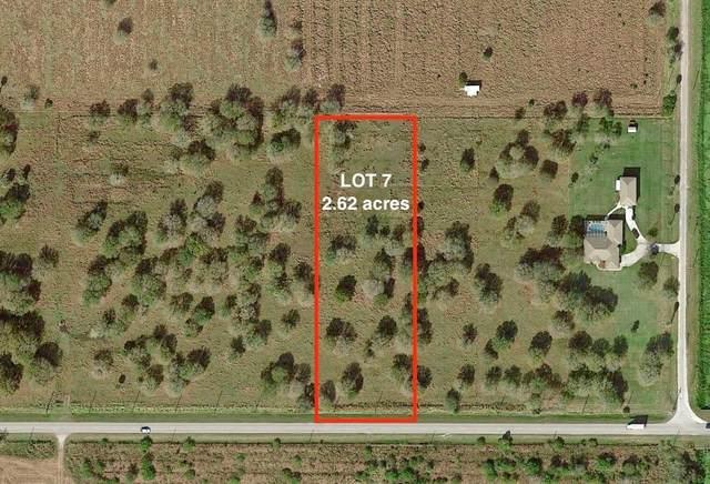 Tbd Lot 7 W Midway W Road, Fort Pierce, FL 34945 (MLS #RX-10666949) :: Laurie Finkelstein Reader Team