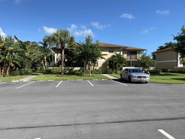 1458 N Lawnwood Circle 29C, Fort Pierce, FL 34950 (MLS #RX-10666968) :: Laurie Finkelstein Reader Team