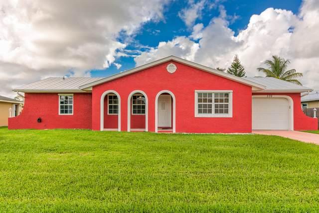 559 SE Ocean Spray Terrace, Port Saint Lucie, FL 34983 (MLS #RX-10666973) :: Laurie Finkelstein Reader Team