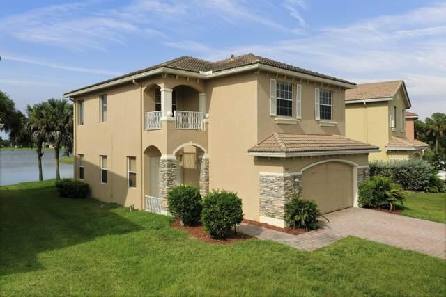 947 NW Leonardo Circle, Port Saint Lucie, FL 34986 (#RX-10667105) :: Realty One Group ENGAGE