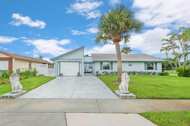 10432 Carmen Lane, Royal Palm Beach, FL 33411 (MLS #RX-10667200) :: United Realty Group