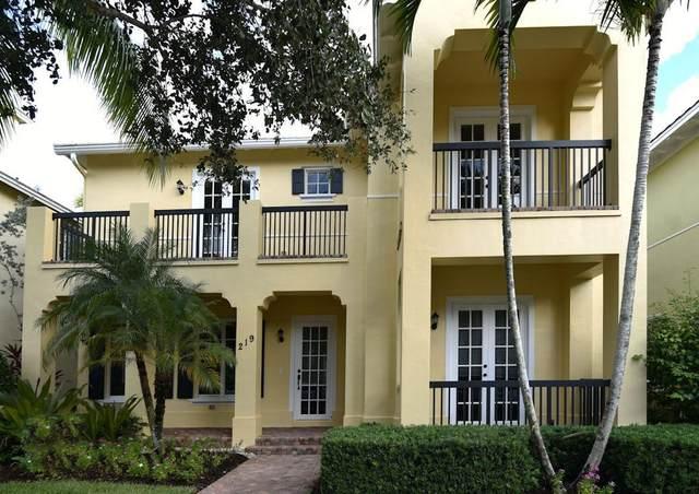 219 W Bay Cedar Circle, Jupiter, FL 33458 (MLS #RX-10667346) :: Berkshire Hathaway HomeServices EWM Realty