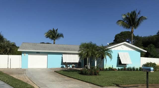 401 Highwood Circle, Jupiter, FL 33458 (MLS #RX-10667467) :: Berkshire Hathaway HomeServices EWM Realty