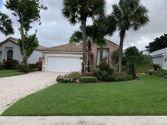 11821 Fountainside Circle, Boynton Beach, FL 33437 (MLS #RX-10667789) :: Miami Villa Group