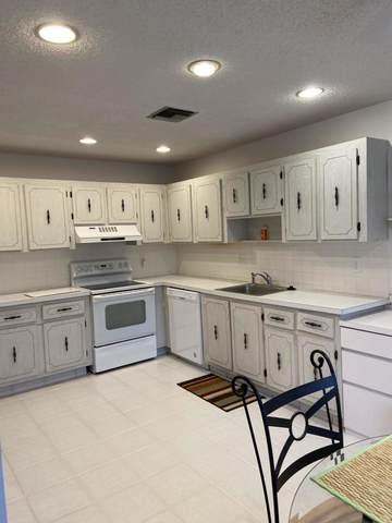 1740 NW 19th Terrace #101, Delray Beach, FL 33445 (#RX-10667812) :: Posh Properties