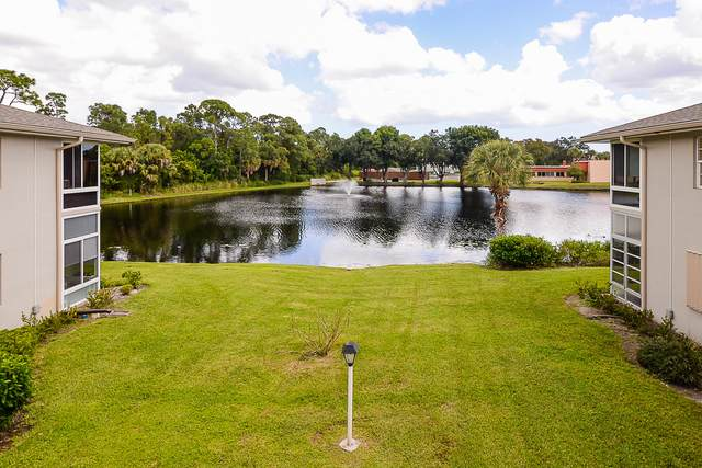 1 Lake Vista Trail #204, Fort Pierce, FL 34950 (#RX-10668370) :: Posh Properties