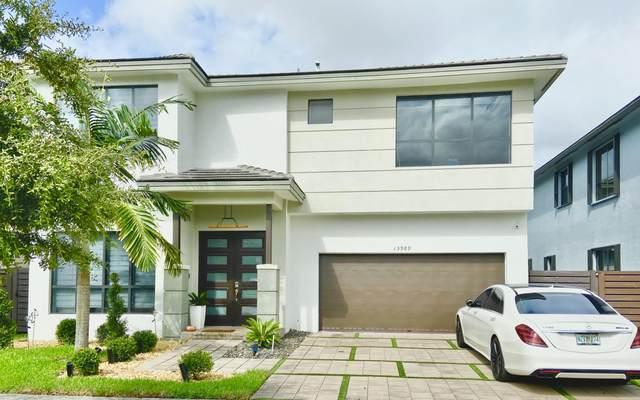 15989 SW 136th Way, Miami, FL 33196 (#RX-10668726) :: Dalton Wade