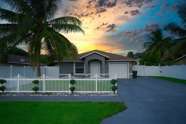 1015 Miami Boulevard, Delray Beach, FL 33483 (MLS #RX-10668758) :: THE BANNON GROUP at RE/MAX CONSULTANTS REALTY I