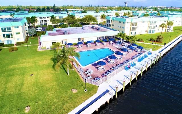 22 Colonial Club Drive #100, Boynton Beach, FL 33435 (#RX-10669765) :: Posh Properties