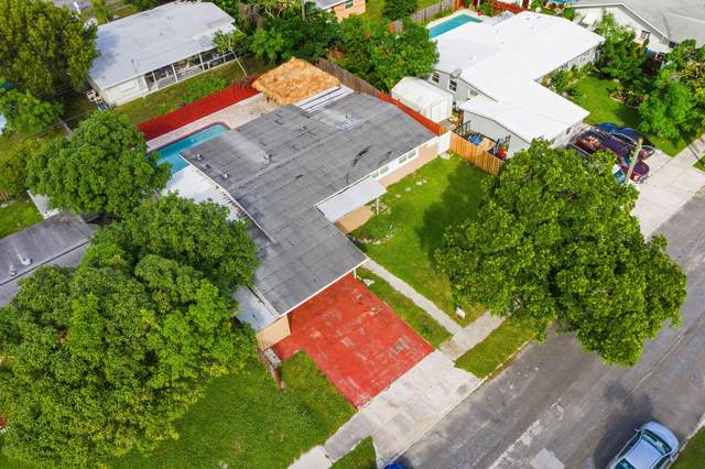 1820 Hillcrest Avenue, Lake Worth, FL 33461 (MLS #RX-10670121) :: Castelli Real Estate Services