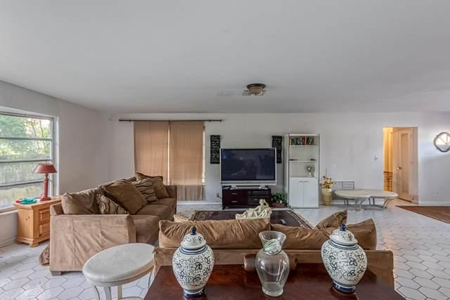 698 W Camino Real, Boca Raton, FL 33486 (MLS #RX-10671134) :: Laurie Finkelstein Reader Team