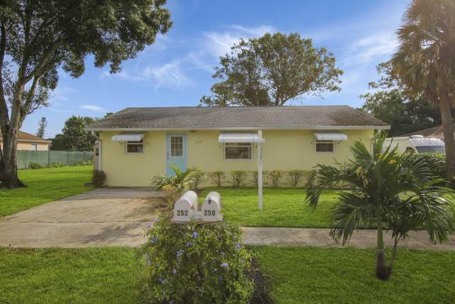 250 Perry Avenue, Greenacres, FL 33463 (MLS #RX-10671382) :: Berkshire Hathaway HomeServices EWM Realty