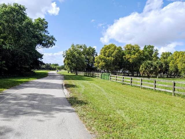 19555 King Fisher Lane, Loxahatchee, FL 33470 (MLS #RX-10671533) :: THE BANNON GROUP at RE/MAX CONSULTANTS REALTY I