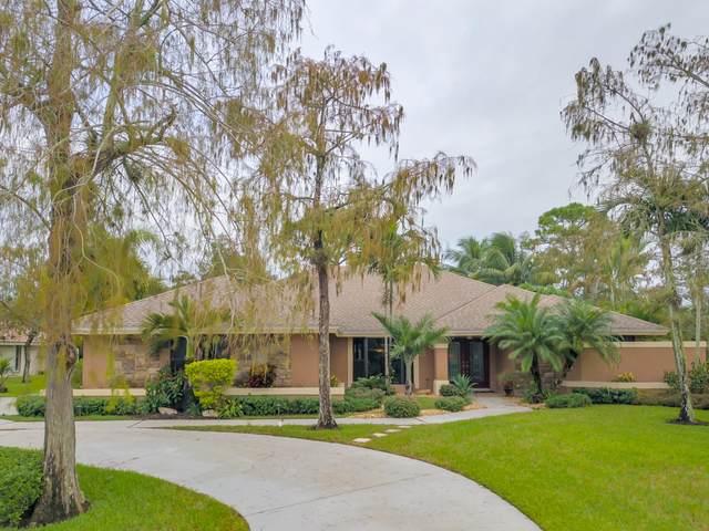 15225 Meadow Wood Drive, Wellington, FL 33414 (#RX-10671781) :: Ryan Jennings Group