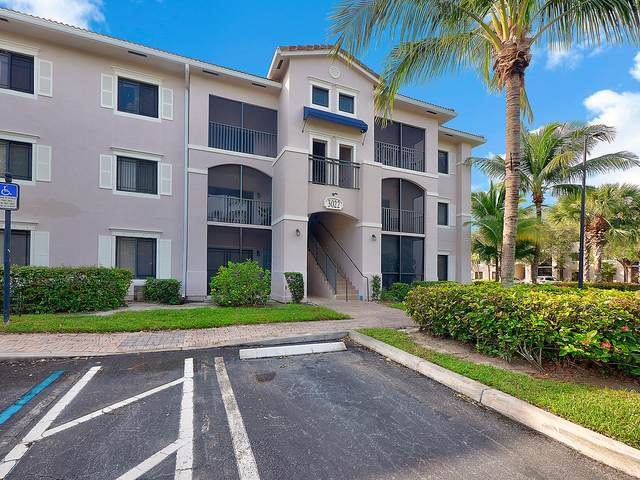 3022 Alcazar Place #208, Palm Beach Gardens, FL 33410 (#RX-10671816) :: Posh Properties