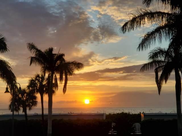 355 S Ocean Drive #104, Hutchinson Island, FL 34949 (MLS #RX-10671917) :: Castelli Real Estate Services