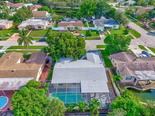 6371 SW 10 Court, North Lauderdale, FL 33068 (MLS #RX-10672258) :: Castelli Real Estate Services