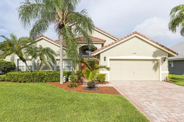 12391 Divot Drive, Boynton Beach, FL 33437 (MLS #RX-10672667) :: Laurie Finkelstein Reader Team