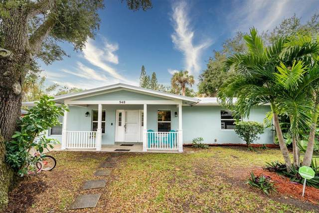 948 NE Kubin Avenue, Jensen Beach, FL 34957 (MLS #RX-10672782) :: Laurie Finkelstein Reader Team