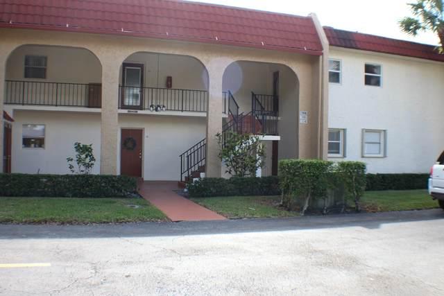 108 Lake Evelyn Drive, West Palm Beach, FL 33411 (#RX-10673628) :: The Rizzuto Woodman Team
