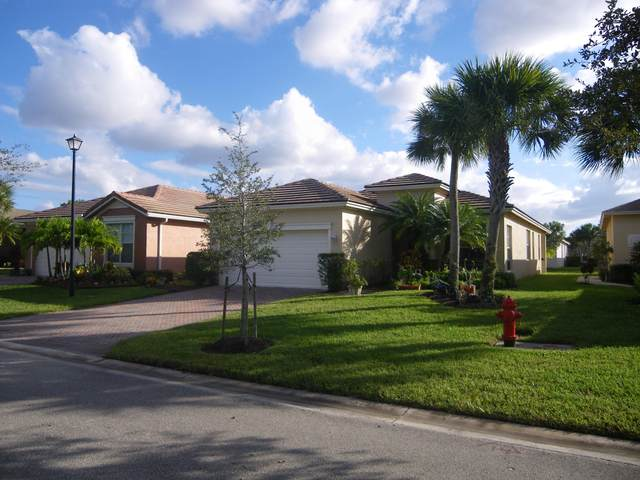 10075 SW Brookgreen Drive, Port Saint Lucie, FL 34987 (#RX-10673660) :: The Rizzuto Woodman Team