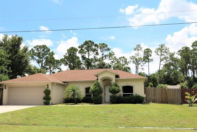 1113 SW East Louise Circle, Port Saint Lucie, FL 34953 (#RX-10673706) :: The Rizzuto Woodman Team