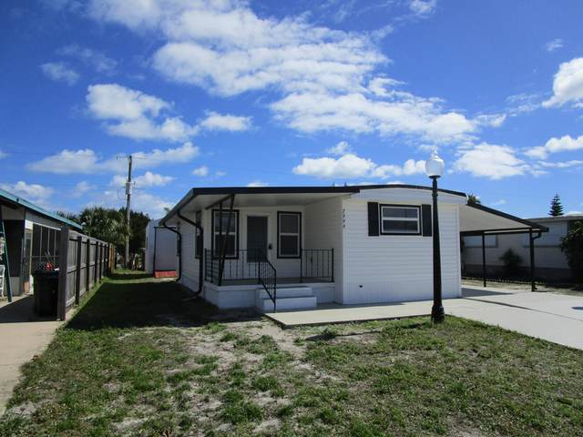 7999 SE Eagle Avenue, Hobe Sound, FL 33455 (#RX-10673778) :: Realty One Group ENGAGE