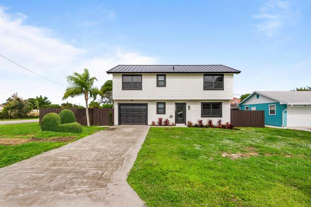 7953 SE Carlton Street, Hobe Sound, FL 33455 (#RX-10674065) :: Realty One Group ENGAGE