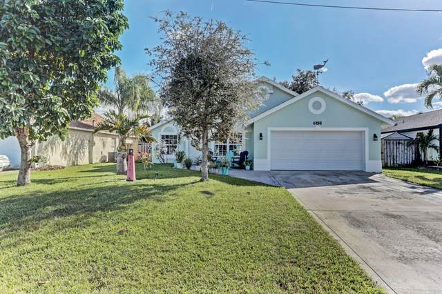 6198 Hollywood Street, Jupiter, FL 33458 (#RX-10674345) :: Realty One Group ENGAGE