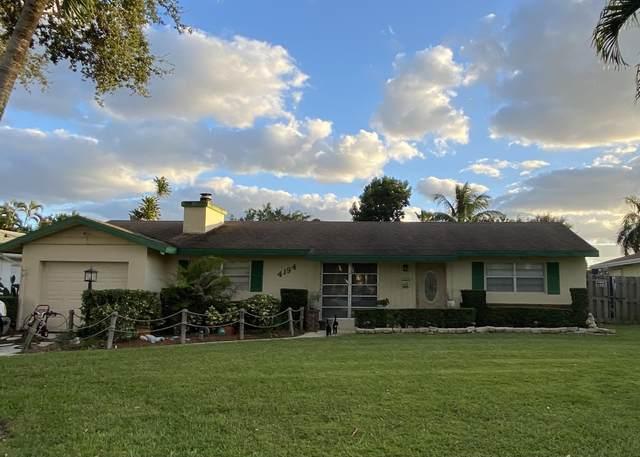 4194 Honeysuckle Avenue, Palm Beach Gardens, FL 33410 (MLS #RX-10674890) :: Laurie Finkelstein Reader Team