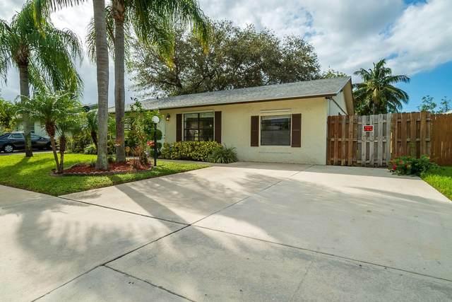 7401 Thatcher Avenue, Lake Worth, FL 33462 (MLS #RX-10675409) :: Miami Villa Group