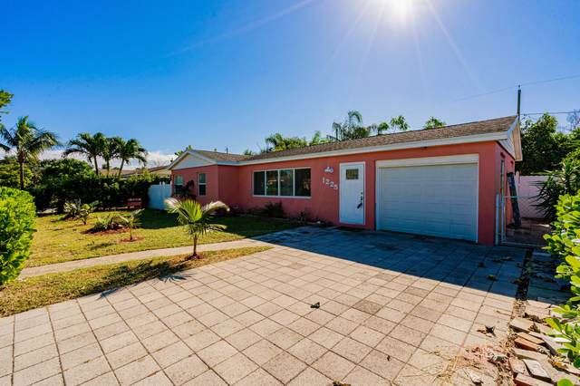 1225 N 14th Avenue N, Lake Worth, FL 33460 (MLS #RX-10675583) :: Miami Villa Group