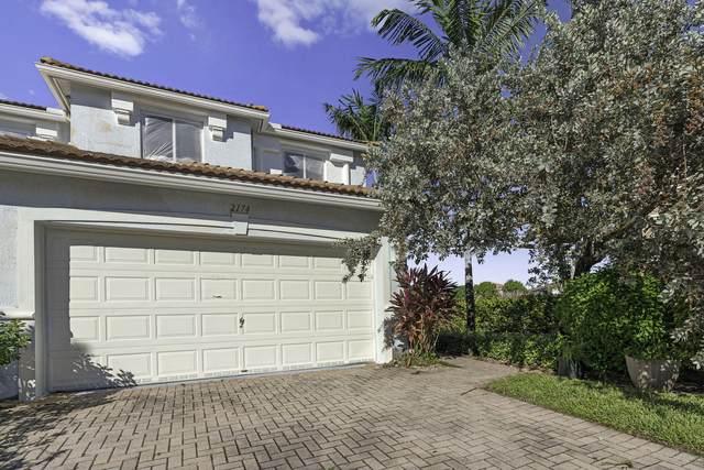 2174 Oakmont Drive, Riviera Beach, FL 33404 (#RX-10675881) :: Dalton Wade