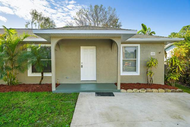 688 SW 36th Terrace, Palm City, FL 34990 (MLS #RX-10676080) :: THE BANNON GROUP at RE/MAX CONSULTANTS REALTY I