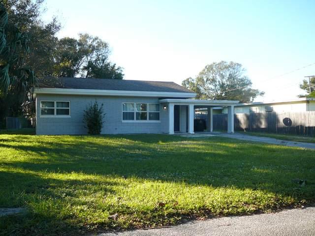 1803 S 8th Street, Fort Pierce, FL 34950 (MLS #RX-10676913) :: Laurie Finkelstein Reader Team