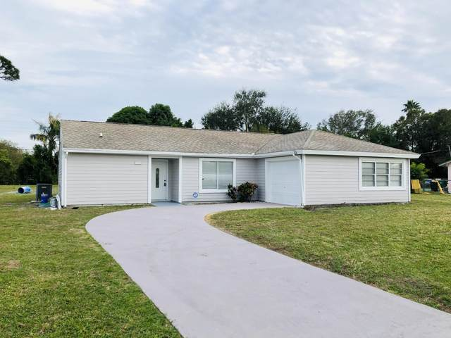394 SE Gasparilla Avenue, Port Saint Lucie, FL 34983 (MLS #RX-10676944) :: Miami Villa Group