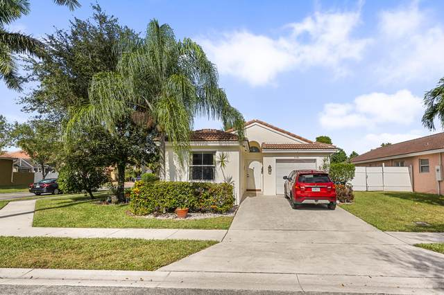 8156 Pelican Harbour Drive, Lake Worth, FL 33467 (MLS #RX-10677073) :: THE BANNON GROUP at RE/MAX CONSULTANTS REALTY I